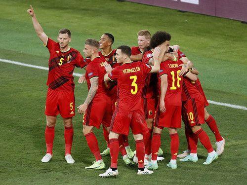 فرم پیش بینی بازی فوتبال سوئیس در مقابل اسپانیا با برد حتمی